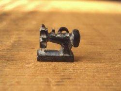 画像1: 水牛角パーツ アンティークミシン